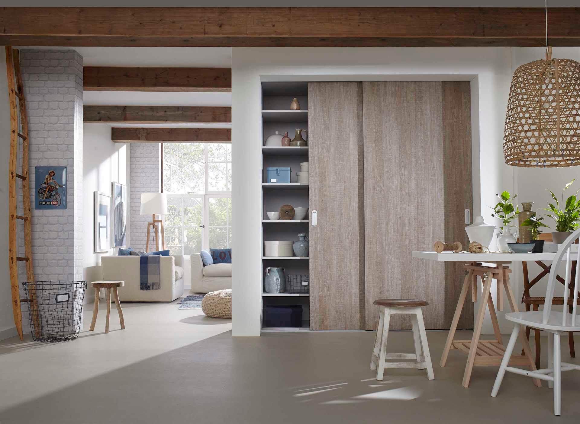 Rahmenlose Holzschiebetür Loft Schiebetür auf Maß in Warm Natur
