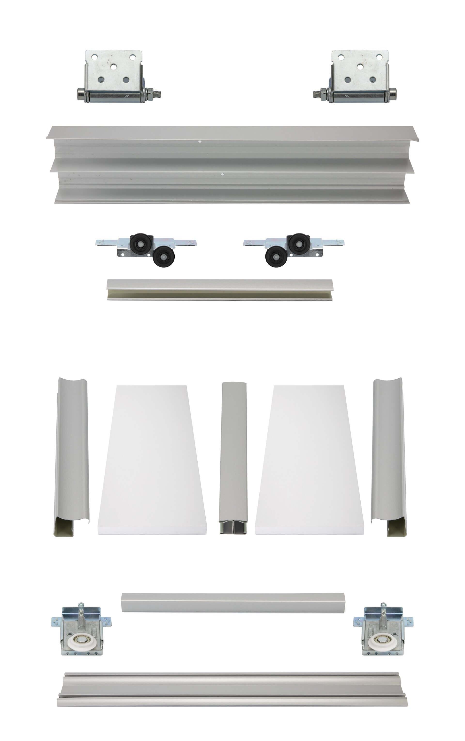 BS-Komplett als Drempelset | Weiße Holzschiebetüren mit veredelten Stahlprofilen unter Dachschrägen