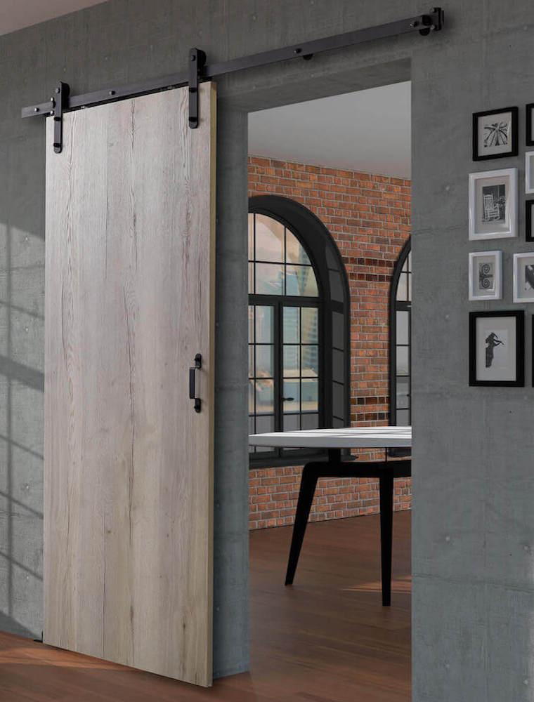 Holzschiebetür im urbanen Loft-Style