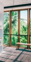 Window-Walls-Plfanzen-Balkon