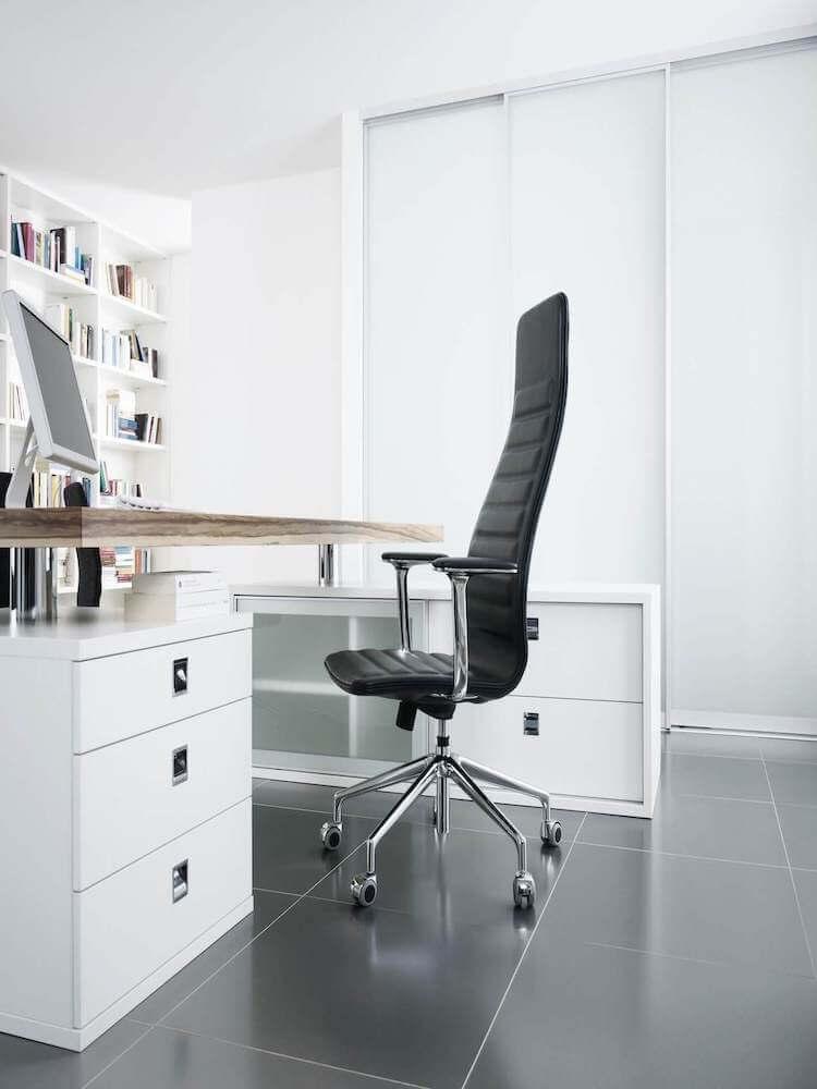 Raumteiler Schiebetüren in einem Office